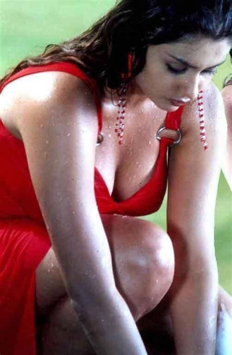Namitha Sexy Hot Photo Gallery Photo And Wallpaper Gallery