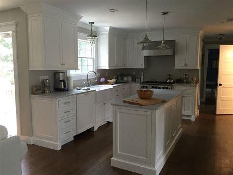 photo de cuisine avec ilot cuisine ilot central cuisine lapeyre avec bleu couleur