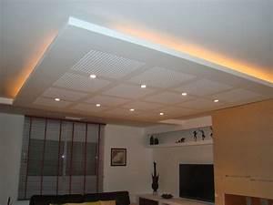 Plafond placo deco plafond platre for Salle de bain design avec plaque décorative plafond
