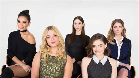 """Watch the Pretty Little Liars Cast Ace the """"Makeout Test ..."""