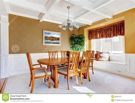 salle a manger avec banc int 233 rieur de salle 224 manger avec la table blanche de banc et en bois