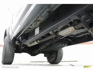 2004 Toyota Tacoma Sr5 Xtracab 4x4 Undercarriage Photo