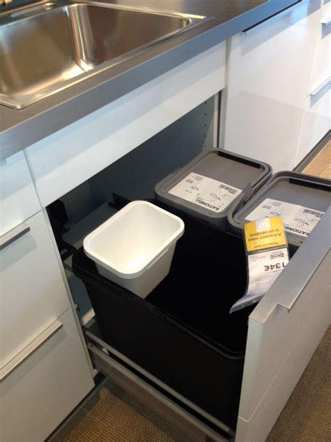 poubelle sous evier ikea poubelles de tri dans cuisine ikea 15 messages