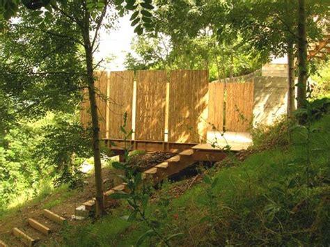 chambre hotes marseille 4 terrasses posées sur un jardin en pente