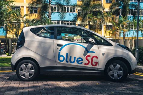 Singapore Launches Electric-car Sharing Program Using