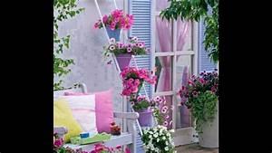 balkon verschonern balkon deko ideen balkongestaltung With balkon ideen lichterkette