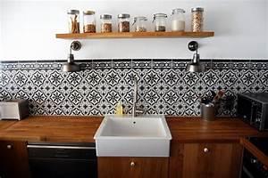 Carreau De Ciment Mural Cuisine : installer des carreaux de ciment dans sa cuisine ~ Louise-bijoux.com Idées de Décoration