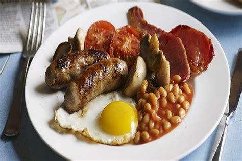 Cinque cibi colazione tipica inglese