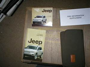 2011 Jeep Compass Owners Manual With Cover Case And Dvd
