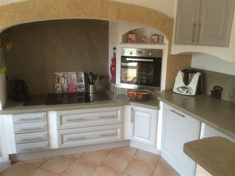 cuisine en bois h黎re réalisations moderniser une cuisine en chêne en cuisine laquée pélissanne