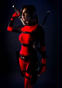 Cosplay: LADY DEADPOOL slices through your Thursday. Get ...