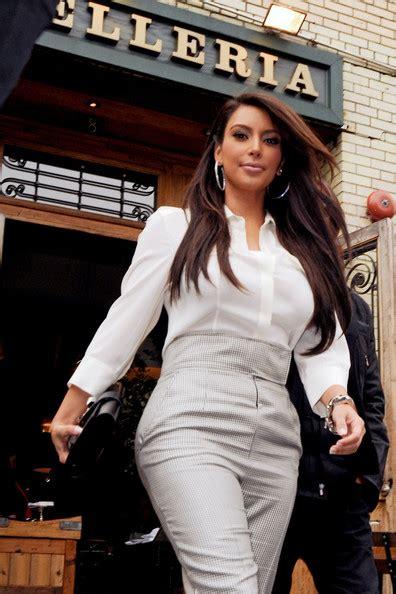 Only Wallpapers: Kim Kardashian Wallpaplers