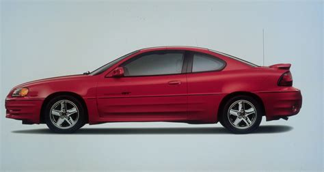 2000 Pontiac Grand Am Pictures, History, Value, Research