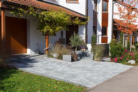 Vorgarten & Einfahrt Ehmke