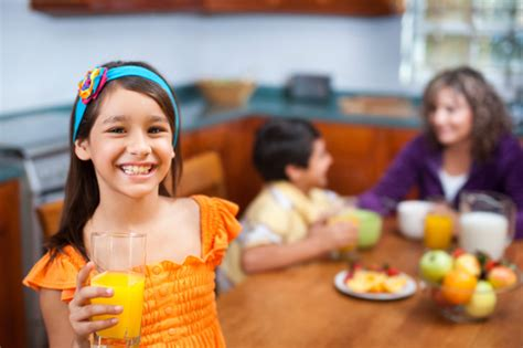 How Much Juice Should Kids Be Drinking?