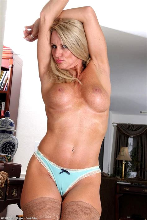 All Over 30 Ingrid Sugar Daddy Stockings Beauty Sex Hd Pics