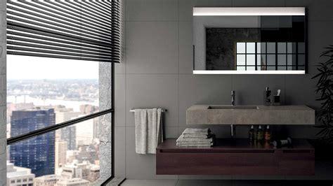 Come Illuminare Lo Specchio Bagno come illuminare un bagno utilizzando lo specchio