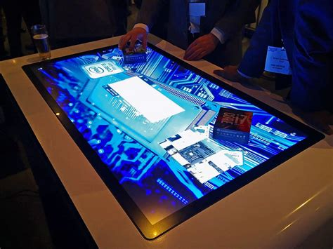 interactive retail touchscreen solutions at ise 2019
