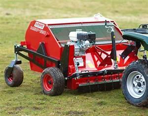 Compact tractor met frontlader