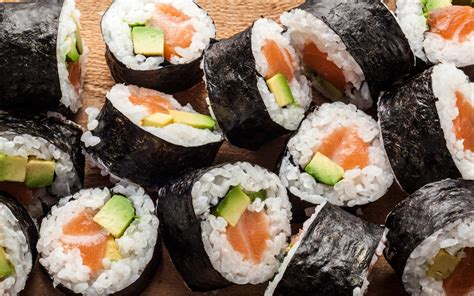 Salmon Avocado Maki Recipe Chowhound