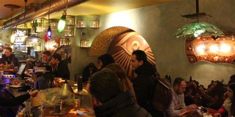 .and speciality coffee shop atrodas pie colbyn court, 125 thomson street, colbyn, pretorija, 0083, dienvidāfrika, netālu no šīs vietas ir: Review of Green House Seed Co. Coffeeshop in Amsterdam