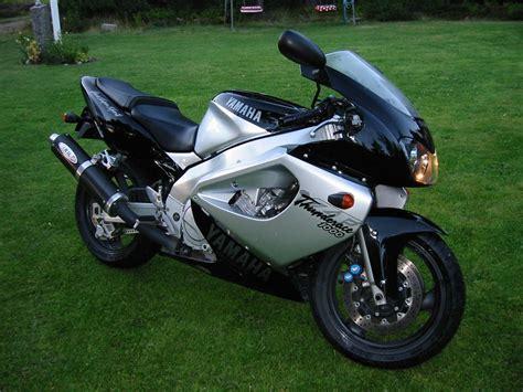 Yamaha Yzf1000r Thunderace Picture # 20672  Yamaha Photo