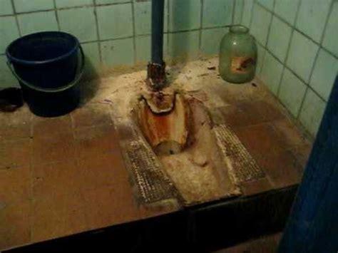disgusting russian toilets  vorkuta airport youtube