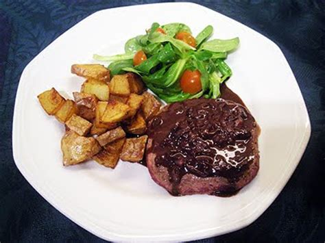 cuisiner un steak steaks hachés sauce moutarde la recette facile par