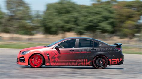 hsv gts pumped    kw  walkinshaw performance