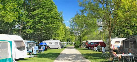 Camping Le Lac d'Orient, 4-star holiday in the Aube