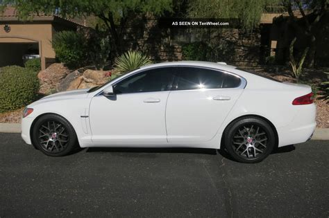 2011 Xf Jaguar by 2011 Jaguar Xf Sedan 4 Door