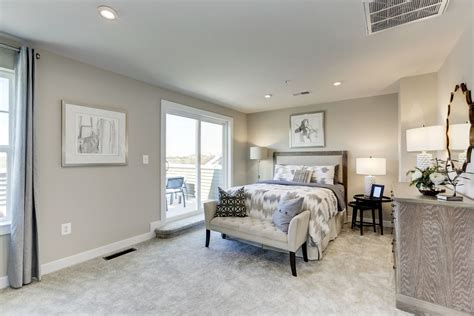 construction townhomes  sale strauss urban  story ryan homes
