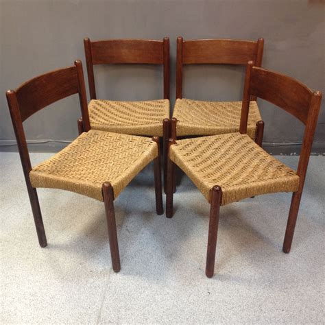 Mid Century Chairs Uk by Mid Century Dining Chairs With Seagrass Seats