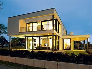 Bauhaus Bungalow Fertighaus : villa im bauhaus stil ~ Sanjose-hotels-ca.com Haus und Dekorationen