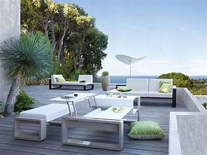 Brilliant Modern Patio Chairs Modern Outdoor Furniture For