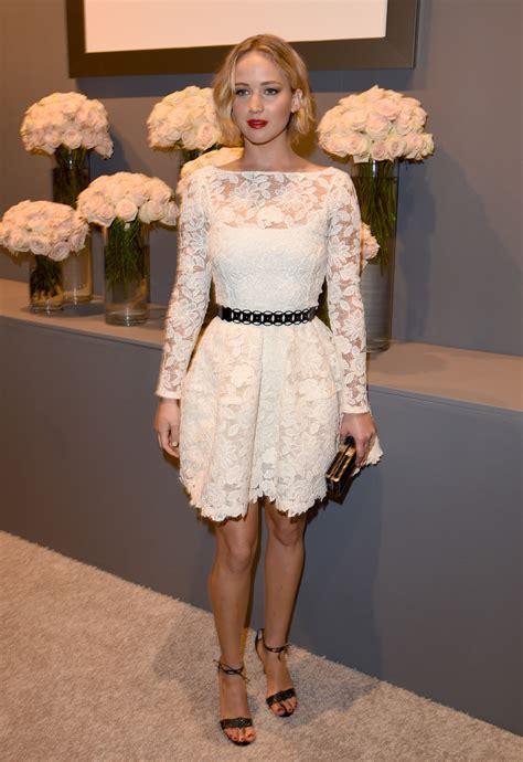 Jennifer Lawrence Wears Oscar de la Renta Lace at Elle's ...