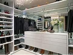 The Best Modern Walk In Closets Dreamy Walk In Closet With Dresser A Well Organized Walk In Closet
