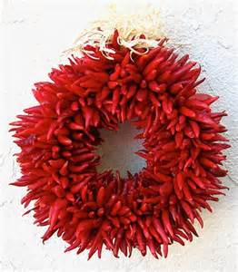 chili pepper ristra wreath hand    mexico chile