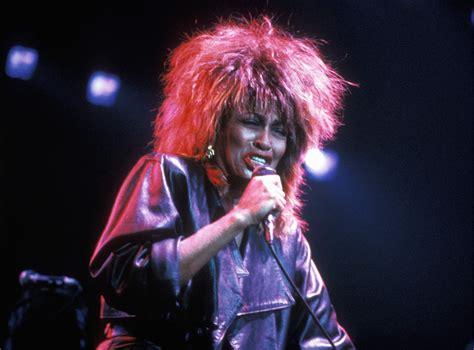 The Top Women Singers of '80s Rock