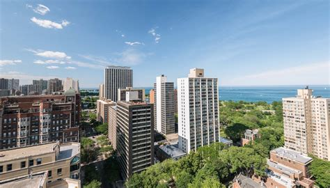 Apartments In Lakeview Chicago Craigslist by Lakeview Luxury Apartments Luxury Living Chicago