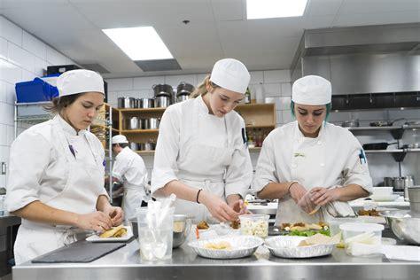 chefs train stratford chefs school