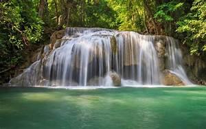 Beautiful Scenic Waterfall HD wallpaper ~ wallpapersQu