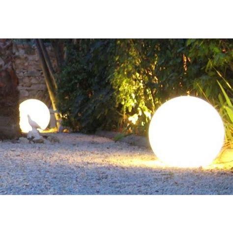 amenagement cuisine castorama les boules lumineuses décoratives pour votre jardin