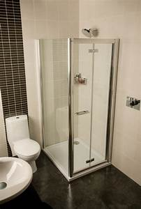 Space saving shower solutions for small bathroom roman for Shower cubicles small bathrooms