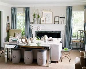 Couch Mitten Im Raum : sofa table inspiration styling the console table ~ Bigdaddyawards.com Haus und Dekorationen