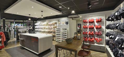 livera asten lingerie design store