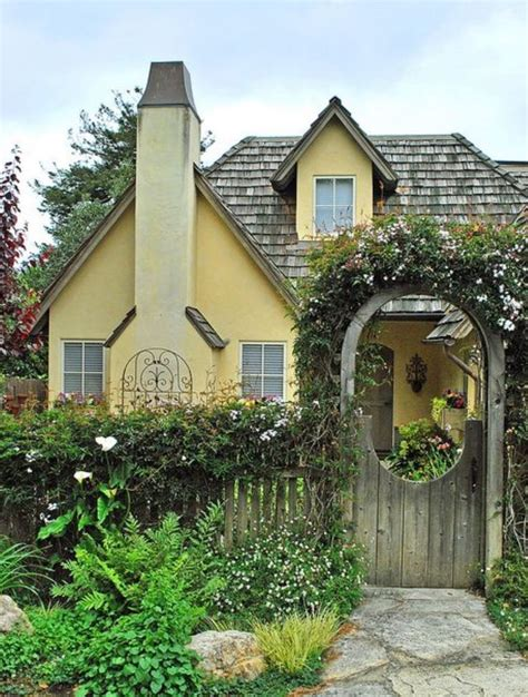 cottage and bungalow 120 best garden gates images on balconies