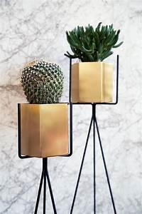 Porte Plante Interieur Design : porte plante et support pot de fleur int rieur de style moderne ~ Teatrodelosmanantiales.com Idées de Décoration