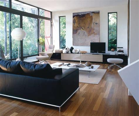déco canapé noir déco salon blanc pour un intérieur lumineux et moderne