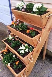 Handmade, Vertical, Cedar, Planter